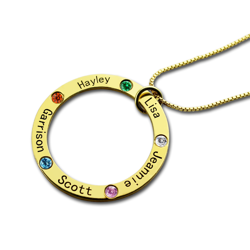 Family Circle Names Necklace For Mother In Gold