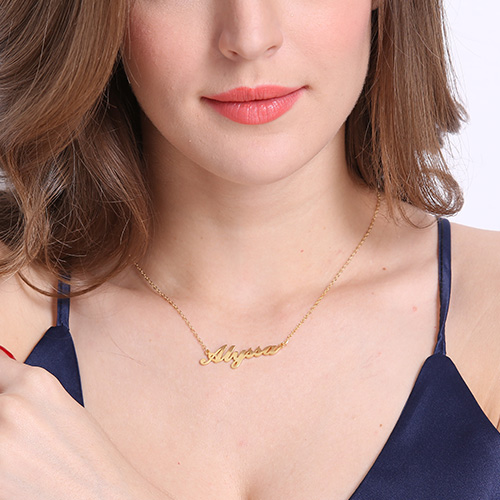Carrie Name Necklace 18K Gold Plated